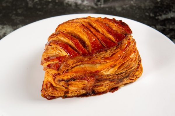 מאפה תפוחים מקורמלים זקס בייקרי ואוכל טוב
