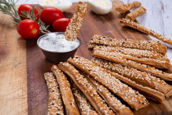 עוגיות רוקפור וגרעיני חמניה זקס בייקרי ואוכל טוב