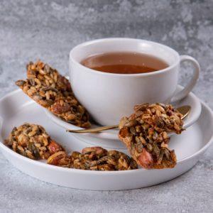 עוגיות פיצוחים זקס בייקרי ואוכל טוב