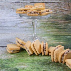 עוגיות אלפחורס זקס בייקרי ואוכל טוב