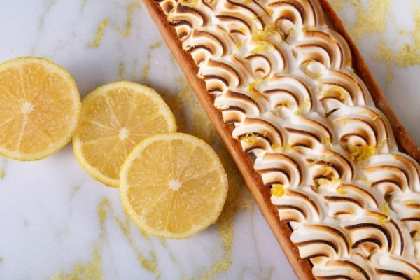 טארט לימון פרווה בצק פריך קרם לימון ומרנג זקס בייקרי ואוכל טוב