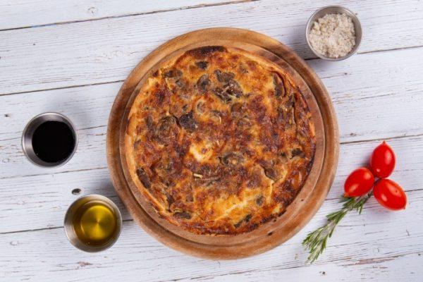 קיש בצק פריך מלוח קוטר 20 רויאל גבינות במבחר טעמים זקס בייקרי ואוכל טוב